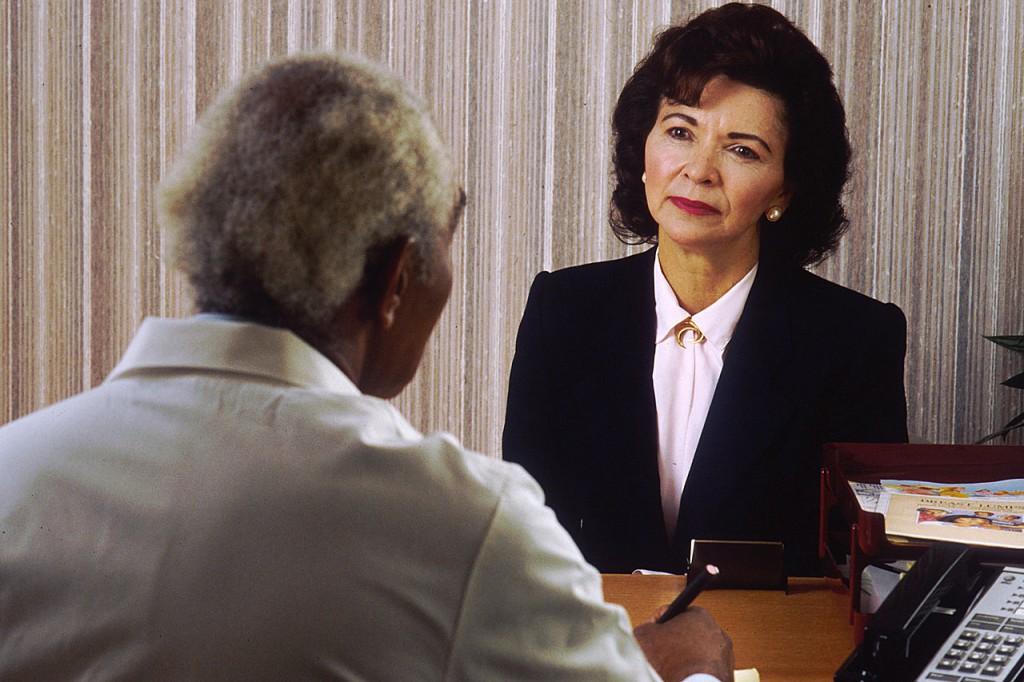 La entrevista clínica se basa en la comunicación entre el médico y el paciente. Foto: Bill Branson (licencia CC)