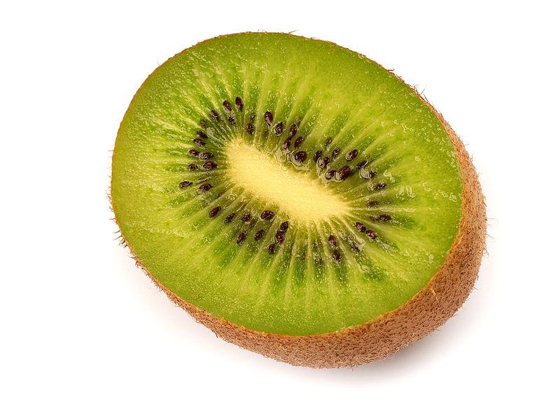 Kiwi (Actinidia_chinensis). Foto: Luc Viatour (licencia CC)
