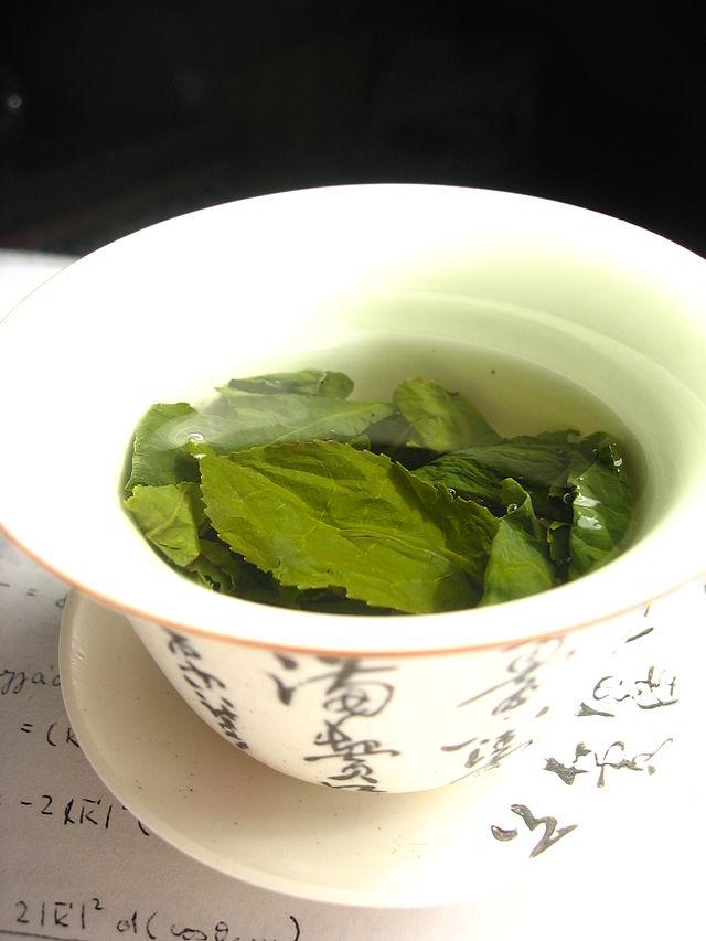 Infusión de té verde. Foto: Wikimol (licencia CC)